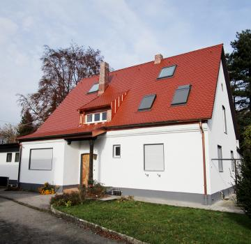 Dach- und Fassdensanierung eines Einfamilienhauses in Augsburg - Oberhausen